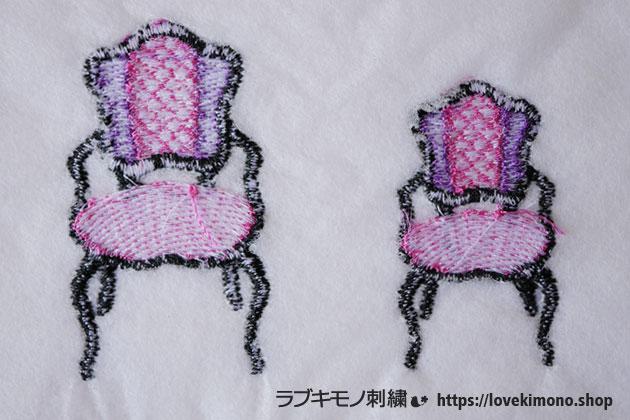 アンティークいすの刺しゅうの大小の2サイズ