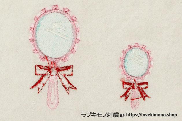 手鏡のミシン刺しゅうの裏側