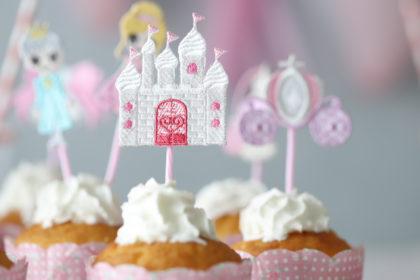 来週からは「シンデレラ刺繍」のパーティーをご紹介します♪